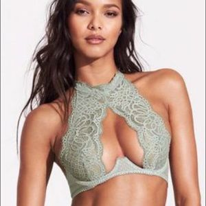 VS HIGH NECK LACE BRA